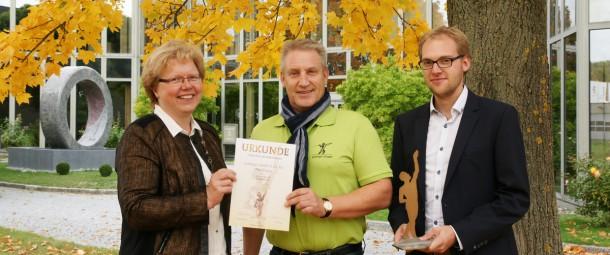 v.l.n.r.: Martina Bickelein, Personalverwaltung;  Bruno M. Ostenried, Vertrieb & Marketing;  Friedrich Gerlinger, Prokurist